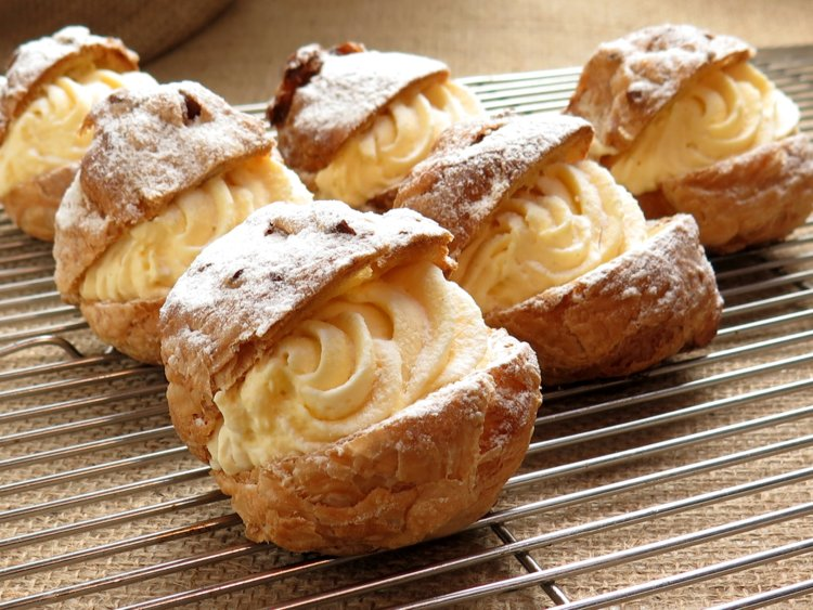 The Best Places Around the World To Eat Pastries