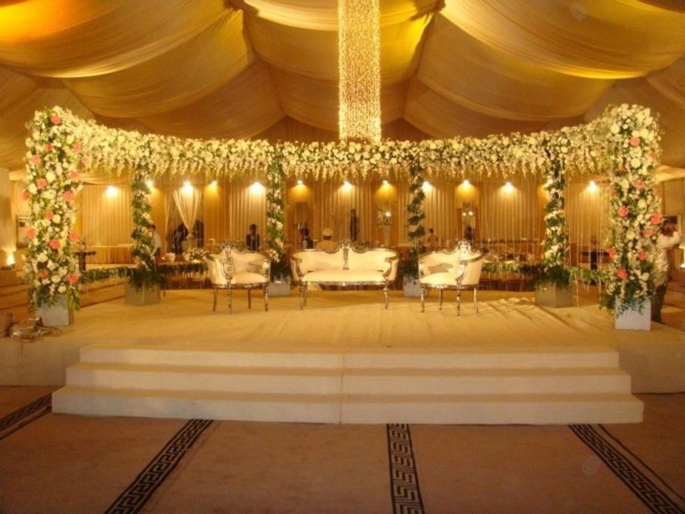 Tips to Nail a Perfect Natural Backdrop to your Marriage hall